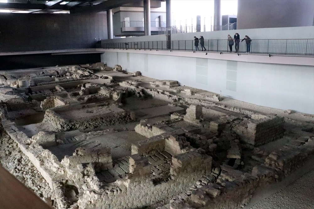 Hatay'da beş dönemin izlerini taşıyan Necmi Asfuroğlu Arkeoloji Müzesi ziyaretçilerini zaman yolculuğuna çıkarıyor - 11