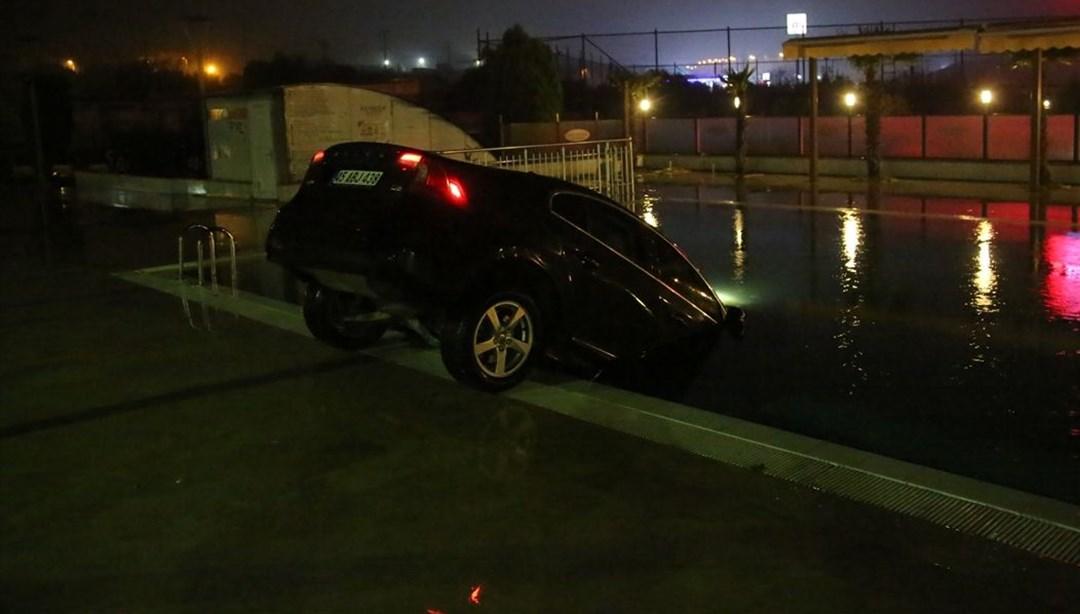 Manisa'da otomobil otelin yüzme havuzuna düştü