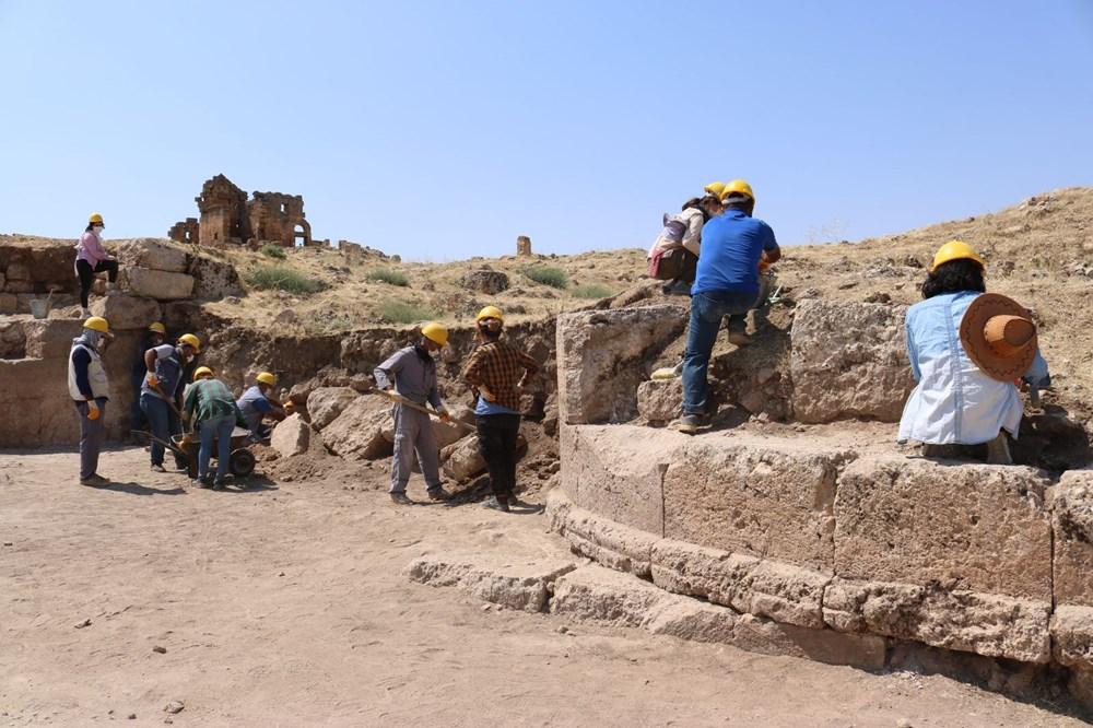 Zerzevan Kalesi'nin 1800 yıllık girişi bulundu - 5