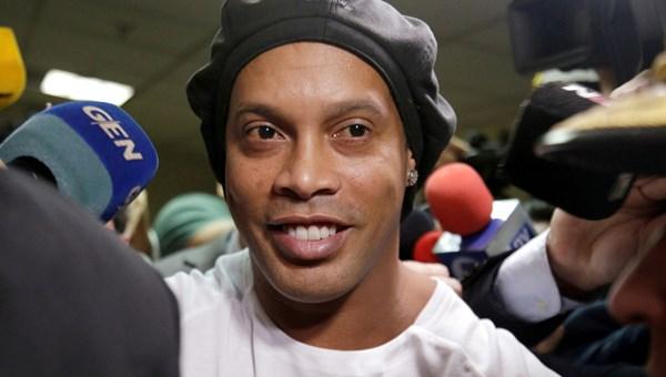 Ronaldinho 1,6 milyon dolara serbest
