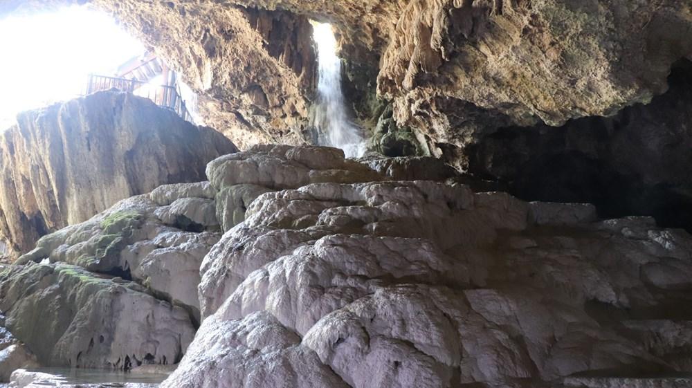 Denizli'de 2 milyon yıllık 'Yeraltındaki gizli Pamukkale' Kaklık Mağarası şifa dağıtıyor - 6