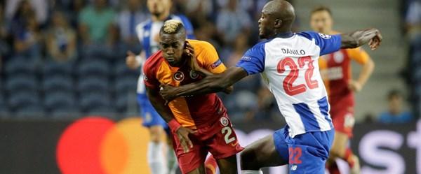 Futbol yazarlarından oyuna alkış yönetime eleştiri