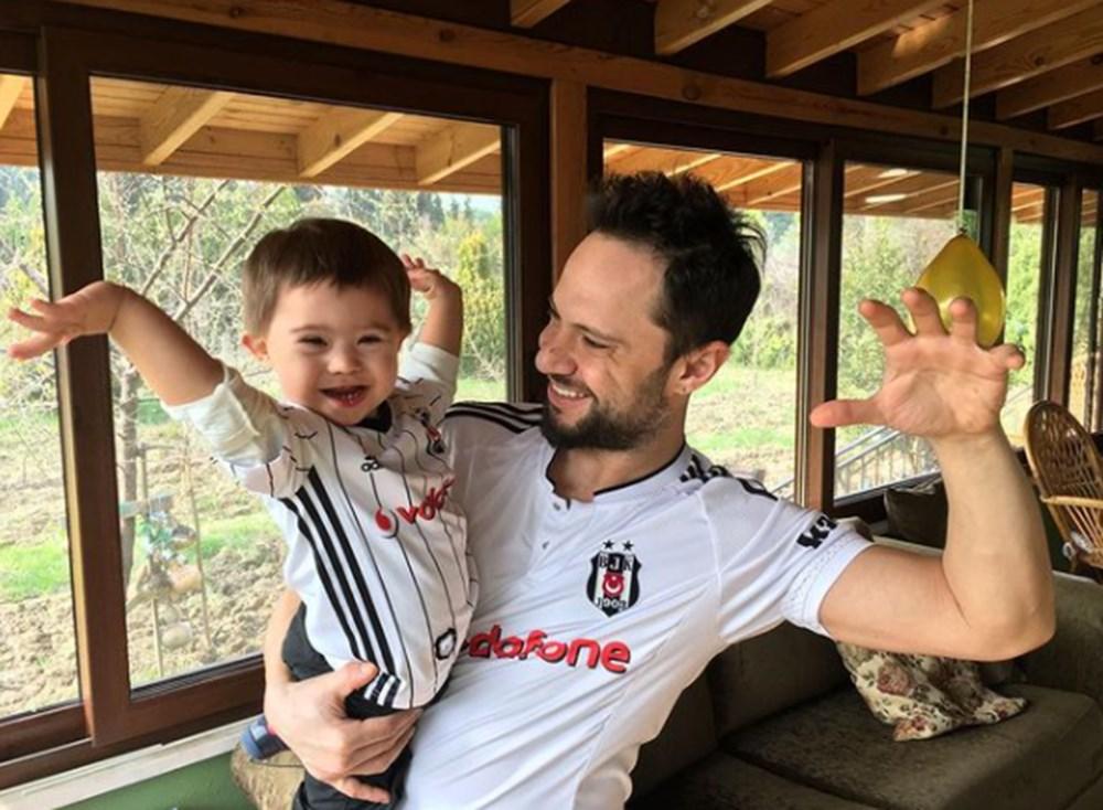 Ünlülerden Beşiktaş'ın şampiyonluk paylaşımları - 18