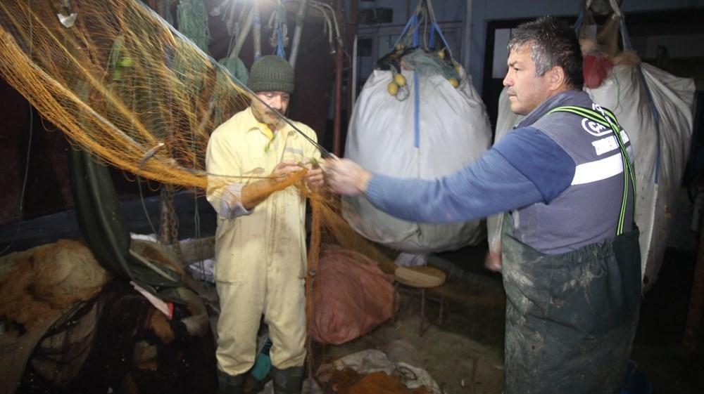 Rize'de balık için denize çıkan balıkçılar, çöp dolu ağlarla dönüyor - 10