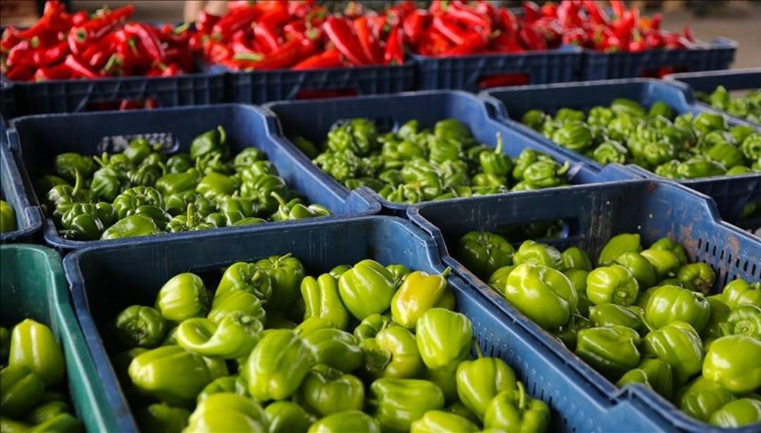 Antalya'da, 'pazar yeri genelgesi' hareketliliği