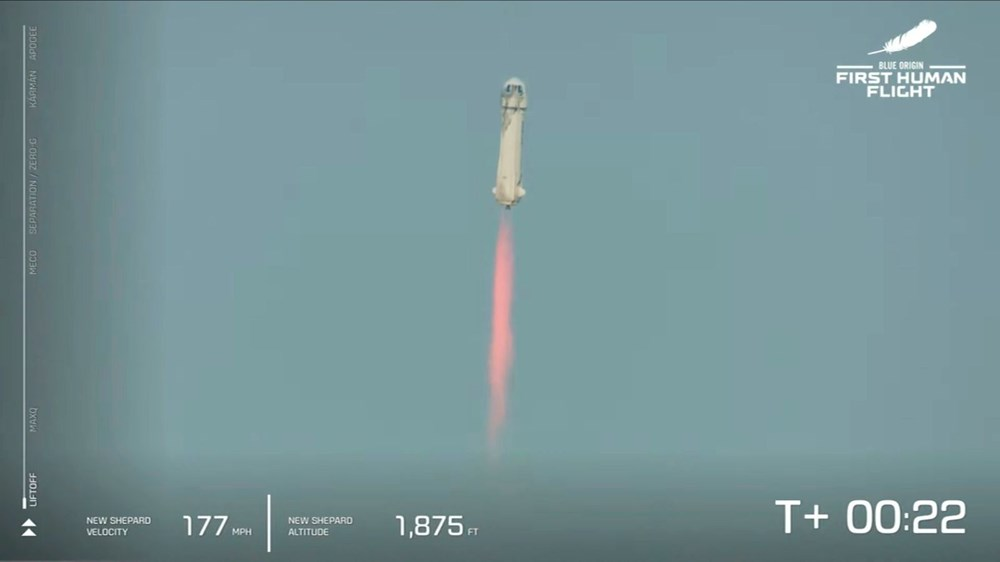 Dünyanın en zengin insanı Jeff Bezos'un uzay yolculuğu gerçekleşti - 2