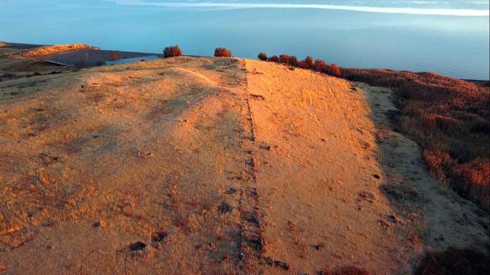 Van Gölü çekilince Urartular dönemine ait liman kalıntıları ortaya çıktı - 2