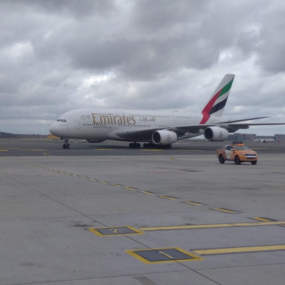 Dünyanın en büyük uçağı İstanbul'a ilk yolcularını taşıdı - 9