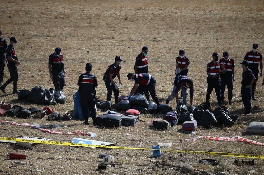 Balıkesir'de yolcu otobüsü devrildi: 15 kişi hayatını kaybetti - 31