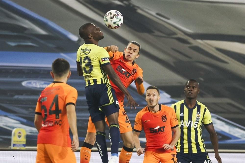 Derbide kazanan Galatasaray - 1