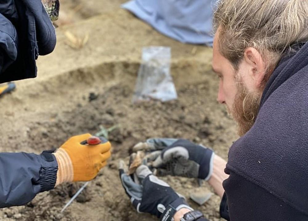 İkinci Dünya Savaşı'nda öldürülen Katolik rahibelerin kemikleri arkeolojik kazıdabulundu - 3