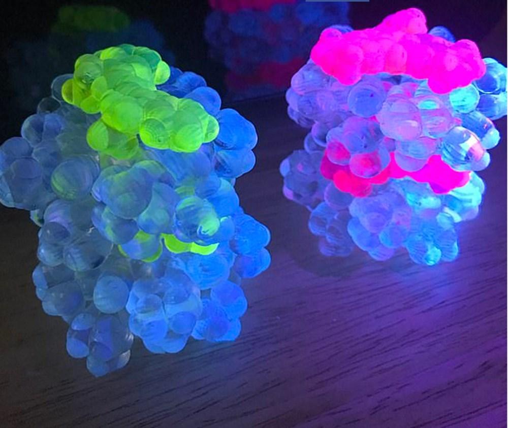Bilim insanları dünyadaki en parlak malzemeyi üretti - 3