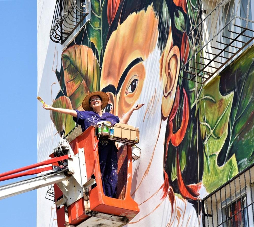 Frida Kahlo duvarları süslemeye devam ediyor - 2