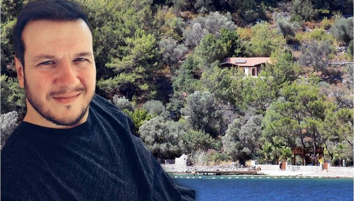 Şahan Gökbakar'ın villasının olduğu koydaki iskele için belediyeye 'kaldırılsın' yazısı