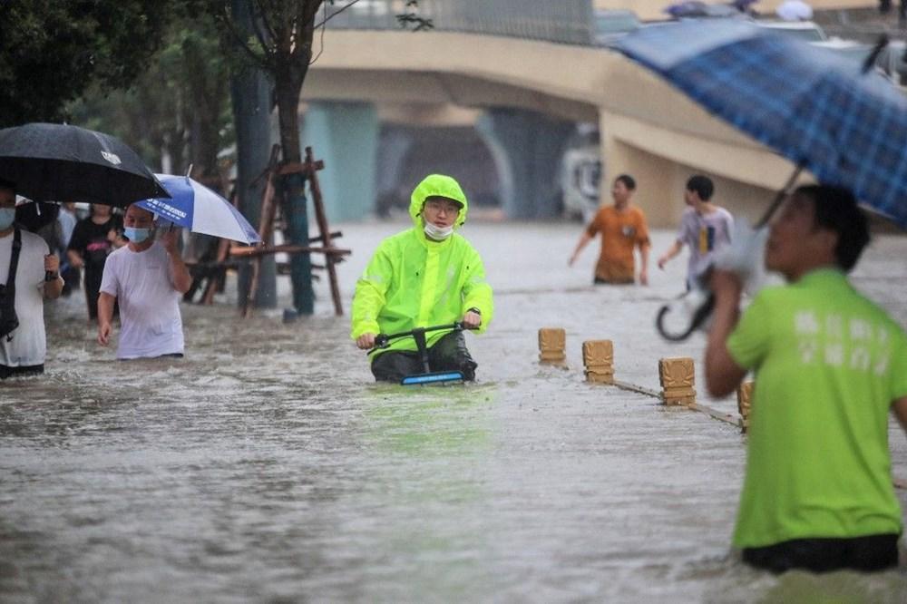 Çin'de 'bin yılın en şiddetli yağmuru' sele neden oldu: 12 kişi hayatını kaybetti - 4