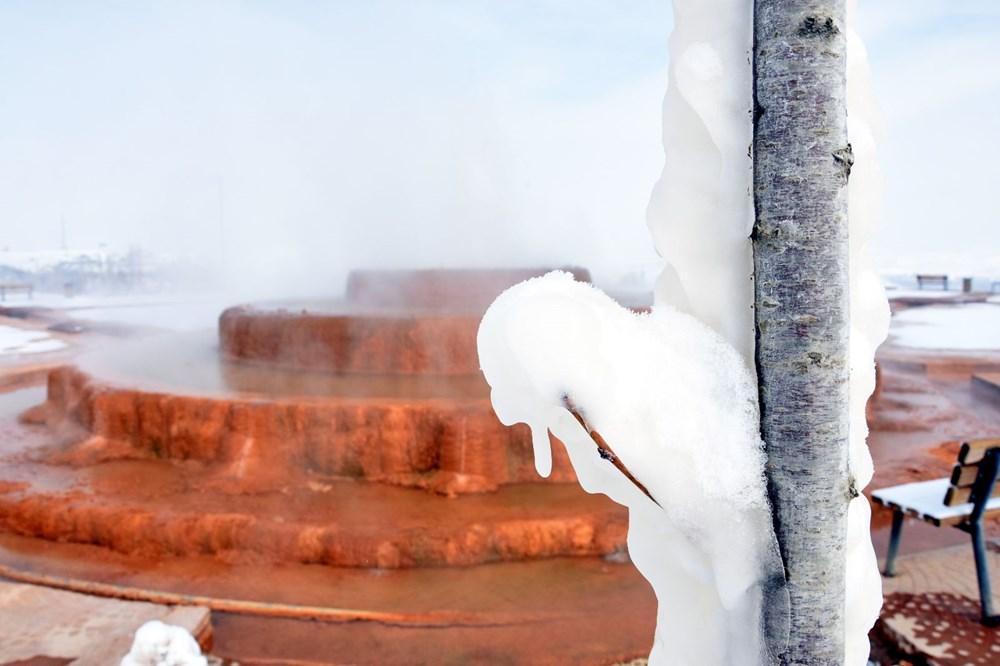 Sivas Altınkale'de buz ve ateşin karşılaşması! 45 derece su, 50 metre sonra buz tutuyor - 6