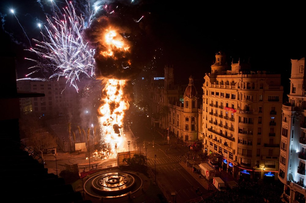 Avrupa'nın en ateşli festivali 'Las Fallas' - 5