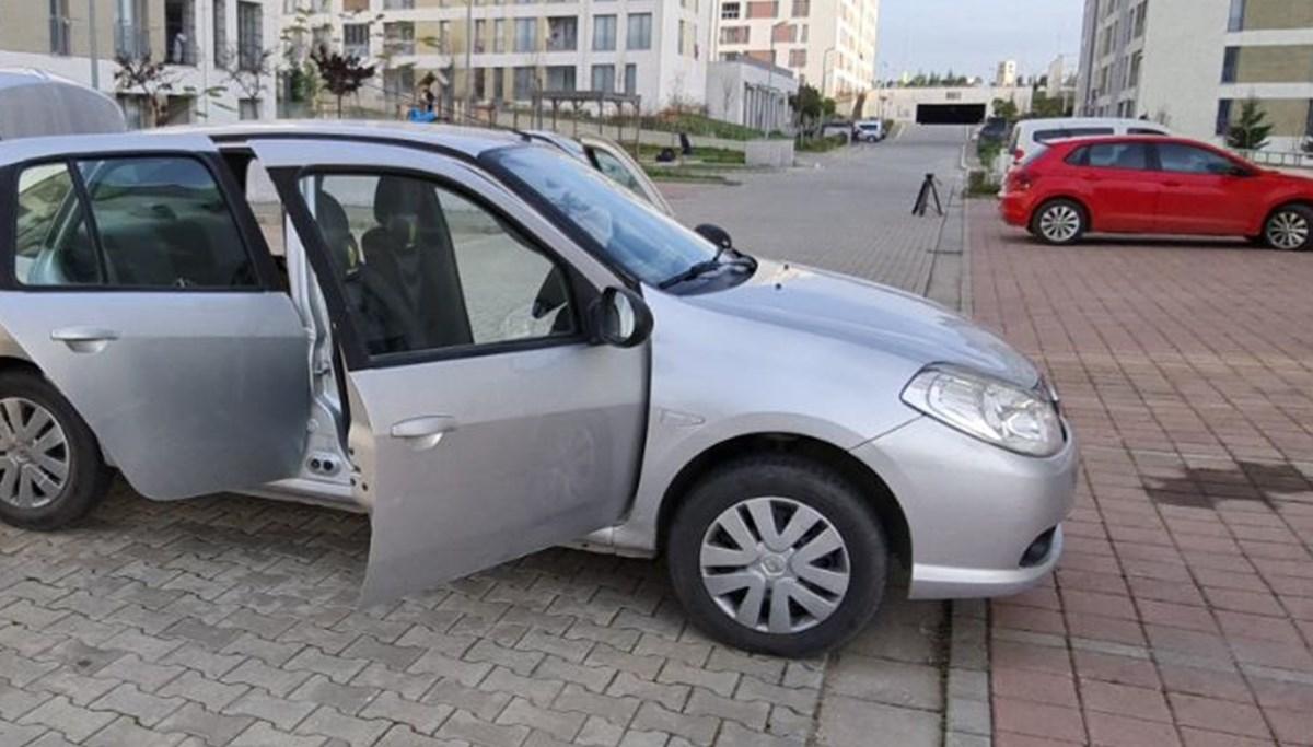 Önü 2012 arkası 2010 model (Benzinlikte anlaşıldı)