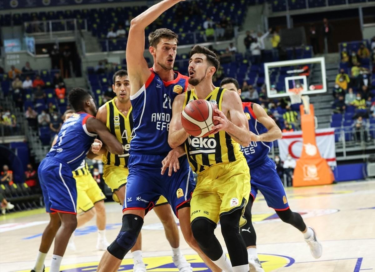 Potada derbinin galibi Fenerbahçe Beko