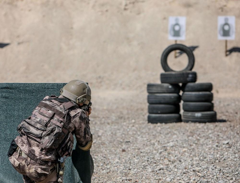 Özel Harekat'tan 35 derece sıcakta zorlu eğitim: Yerli silah 'Çılgın kız' dikkat çekti - 4