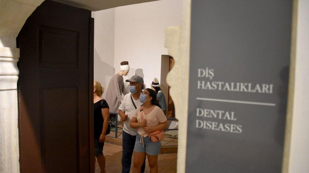 Tarihi Sağlık Müzesi'ne bayramda ziyaretçi akını - 3