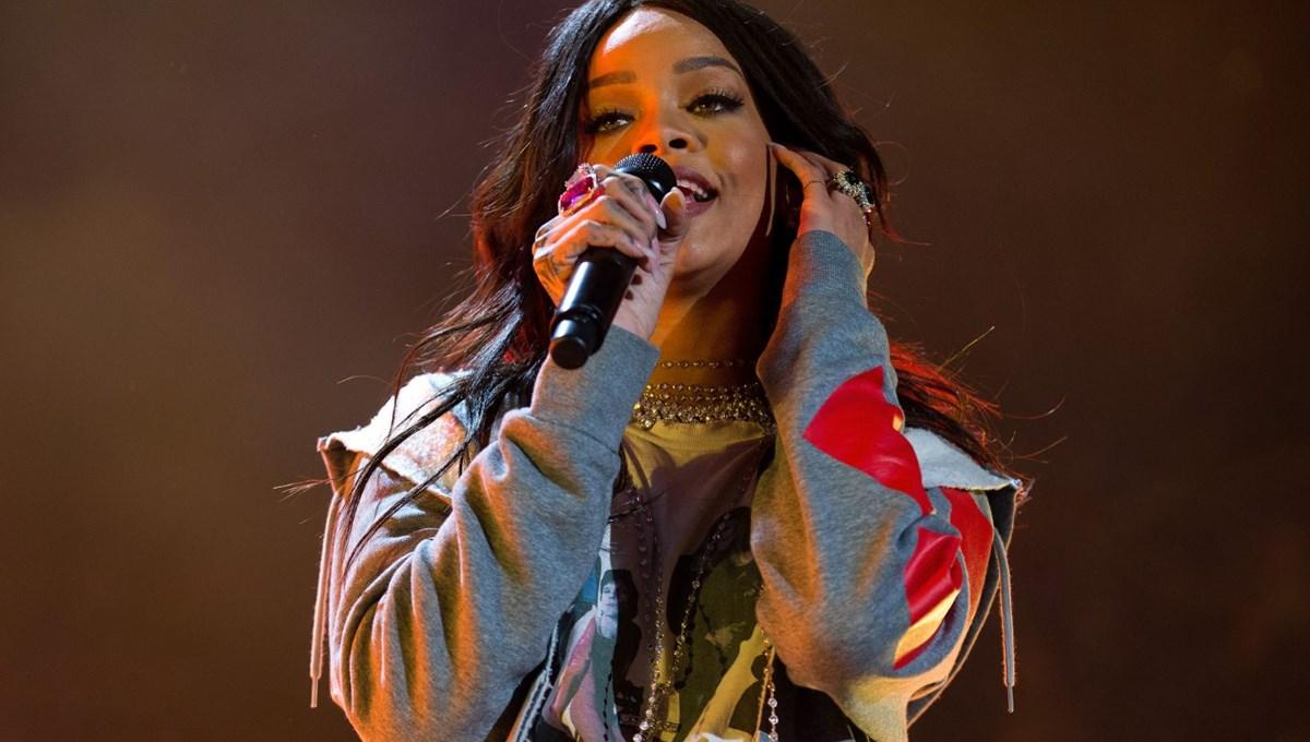 Müslümanlardan özür dileyen Rihanna'ya 'hadis' davası