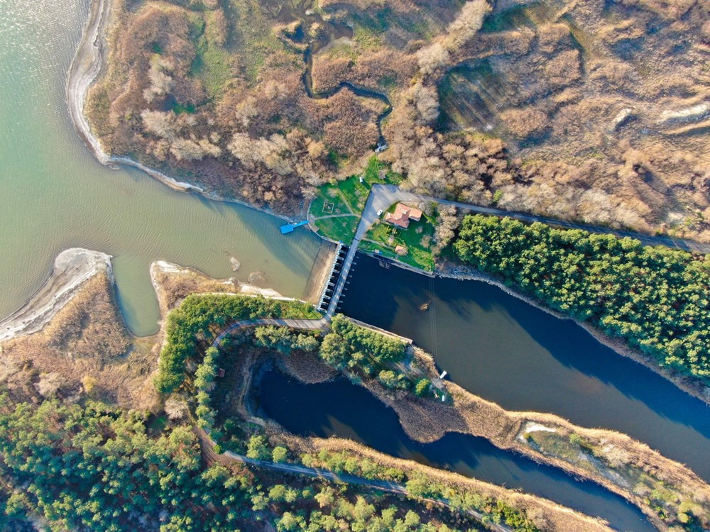Terkos Gölü 100 metre çekildi, kirlilik ortaya çıktı - 11