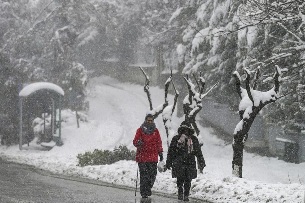 12 yıllık özlemin ardından Atina'da heyecan yaratan kar Girit ve Eğriboz'da iki can aldı - 6