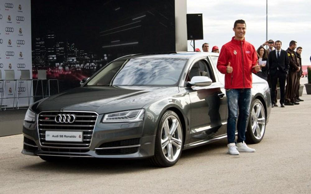 Cristiano Ronaldo dünyanın en pahalı arabasını aldı (Ronaldo'nun otomobil koleksiyonu) - 35