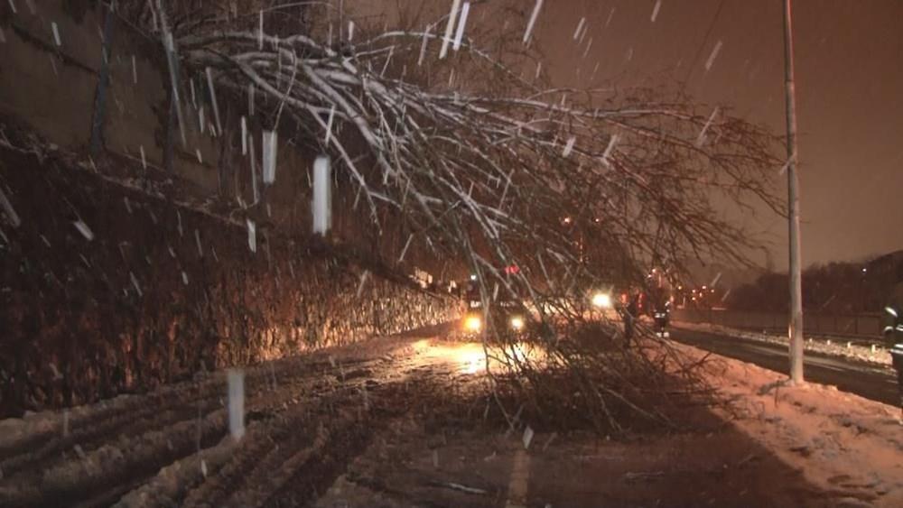 İstanbul'da kar yağışı devam ediyor (AKOM ilçe ilçe kar kalınlıklarını paylaştı) - 7