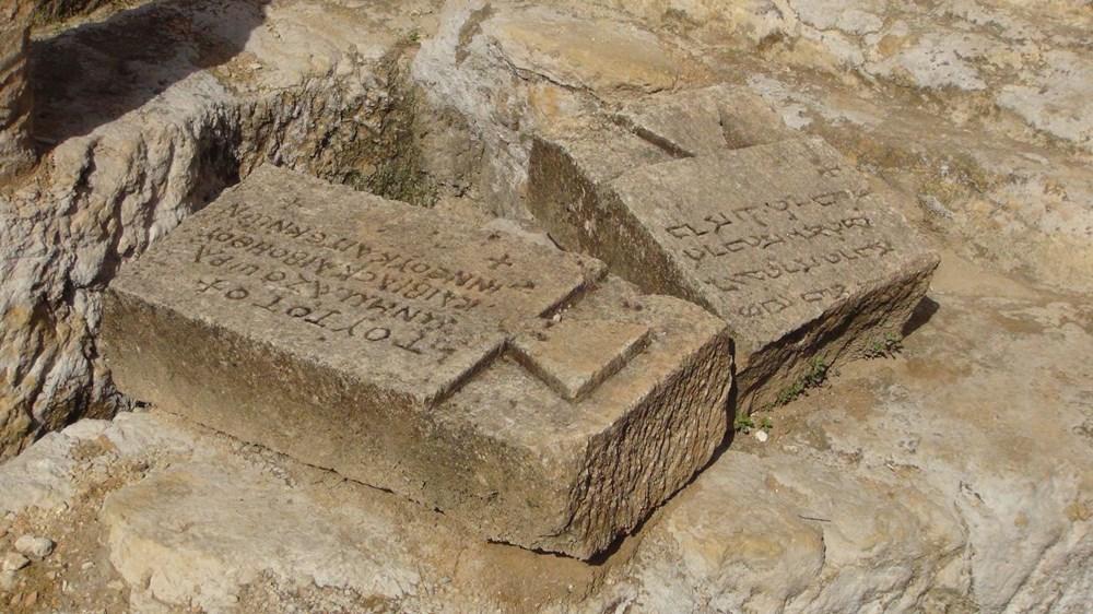 Şanlıurfa'da 2 bin yıllık tarihi kaya mezarları ziyarete açıldı - 7