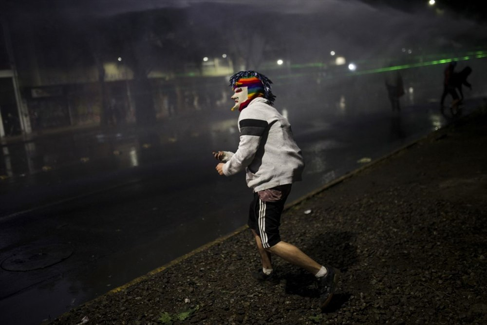 Şili'deki protestoların yıldönümü yaklaşırken sokaklarda tansiyon artıyor - 10