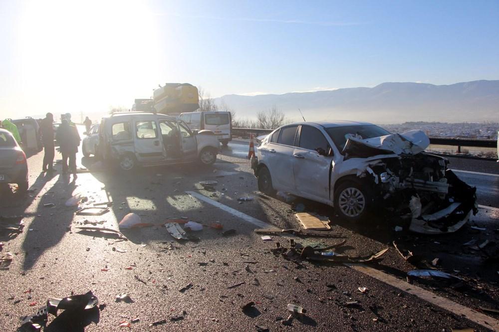 TEM'de buzlanma kazası: 9 araç birbirine girdi - 2