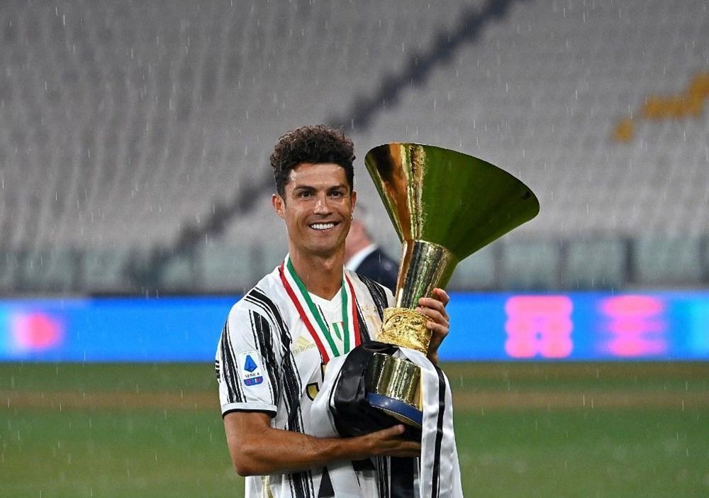 Cristiano Ronaldo dünyanın en pahalı arabasını aldı (Ronaldo'nun otomobil koleksiyonu) - 1