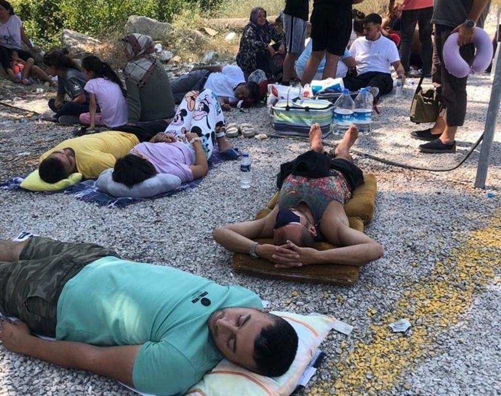 Gurbetçilerin dönüş çilesi: Sınırda uzun kuyruk - 2