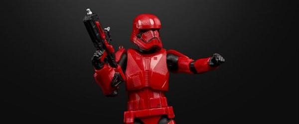Star Wars: Skywalker'ın Yükselişi'nde kırmızı uzay askerleri