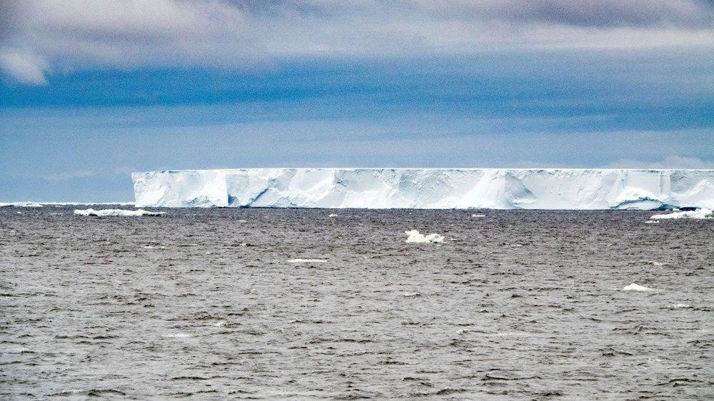Antartika'da dev buz kütlesi buz sahanlığından koptu - 5