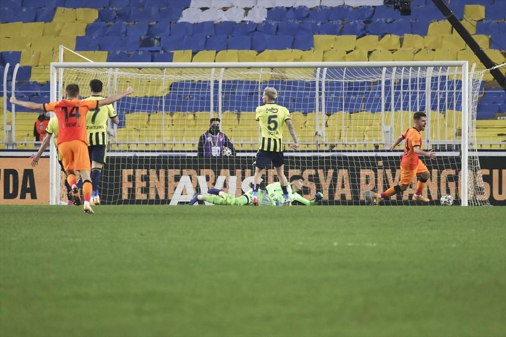 Derbide kazanan Galatasaray - 27
