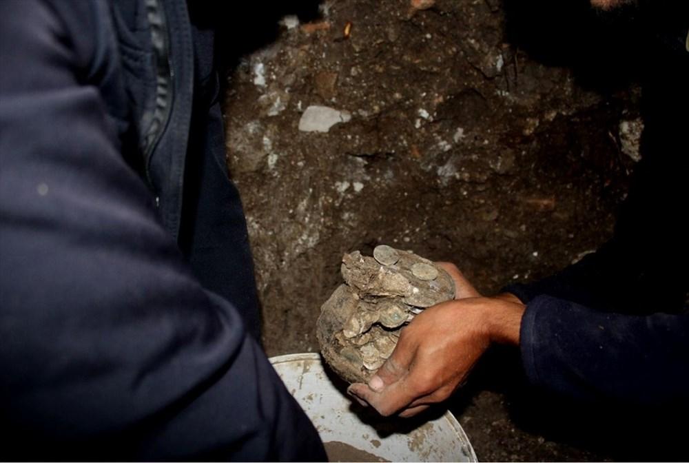 Aizanoi Antik Kenti'nde 'Roma'nın sikke koleksiyonu' bulundu - 4