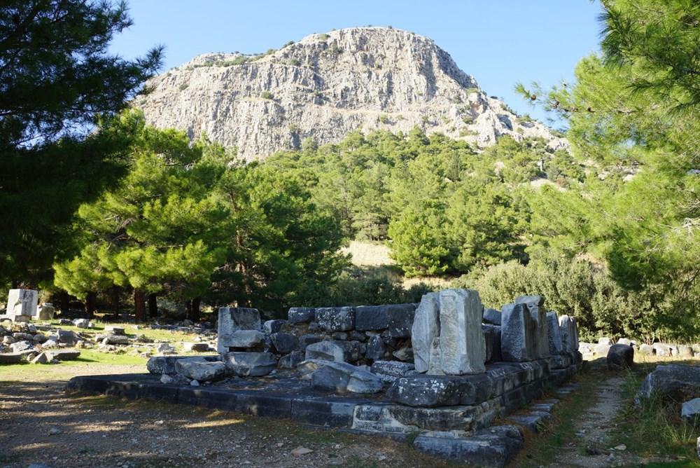 M.Ö. 4.yüzyılda kurulan ilk planlı şehir Priene - 9