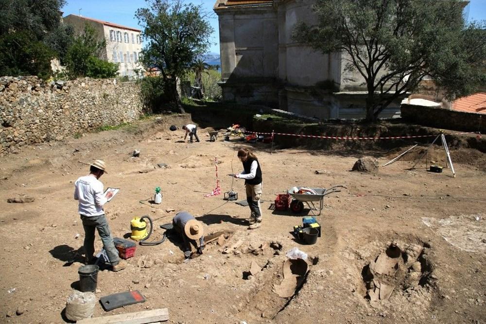 Fransız arkeologlar binlerce yıl öncesine ait 40 tabut keşfetti - 8