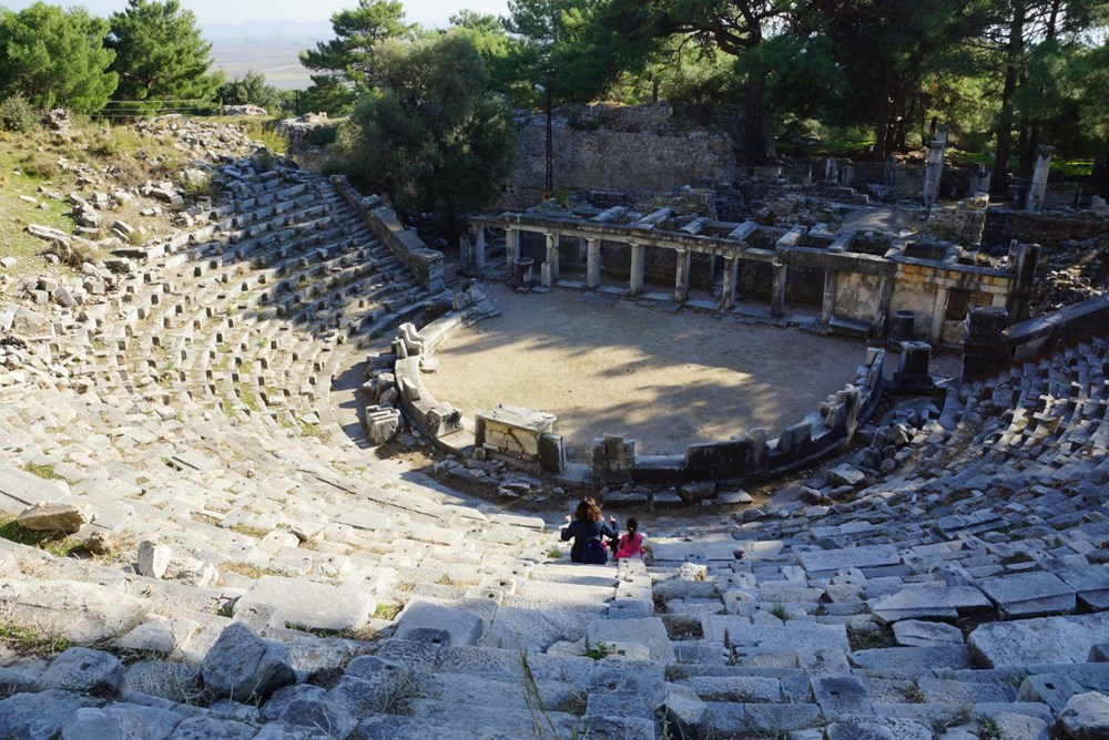 M.Ö. 4.yüzyılda kurulan ilk planlı şehir Priene - 2