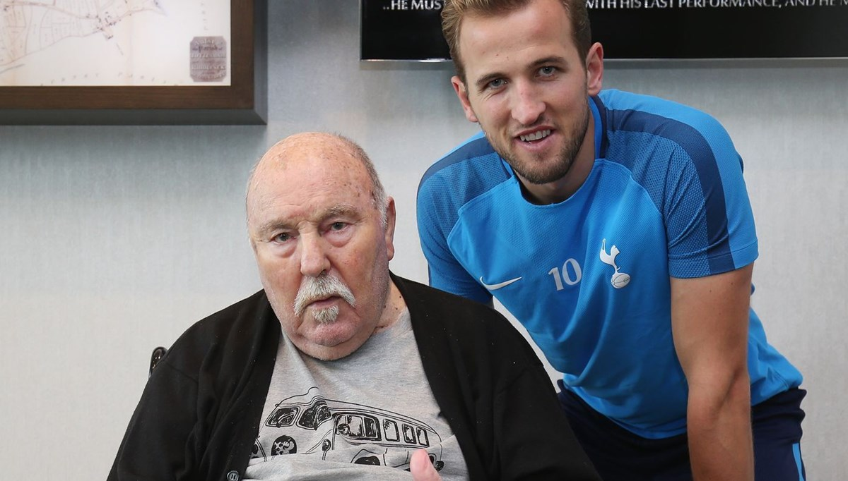 Tottenham'ın efsanesi Jimmy Greaves hayatını kaybetti