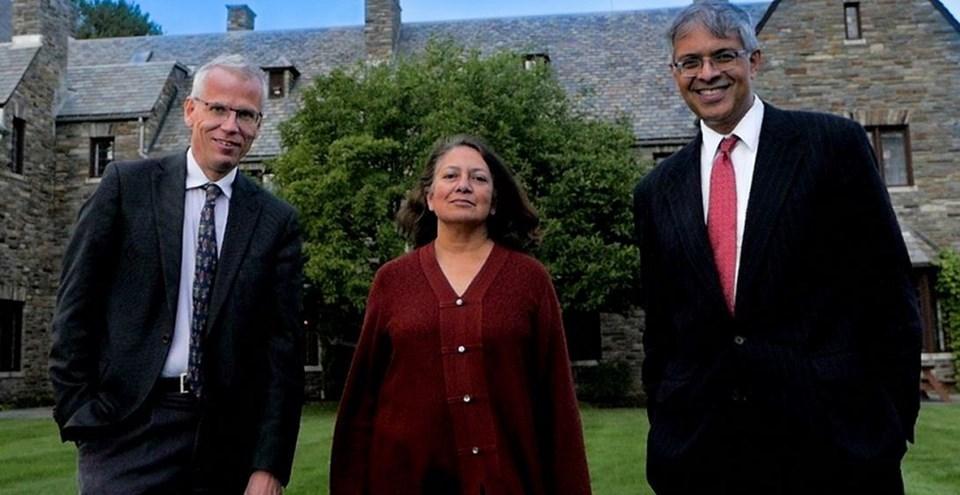 Bidiriyi imzalayan bilim insanları Dr. Martin Kulldorff,Dr. Sunetra Gupta veDr. Jay Bhattacharya (Soldan sağa)