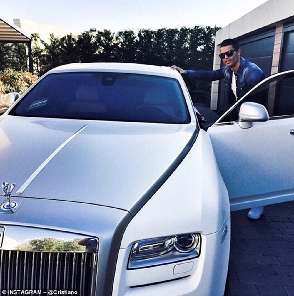 Cristiano Ronaldo dünyanın en pahalı arabasını aldı (Ronaldo'nun otomobil koleksiyonu) - 9
