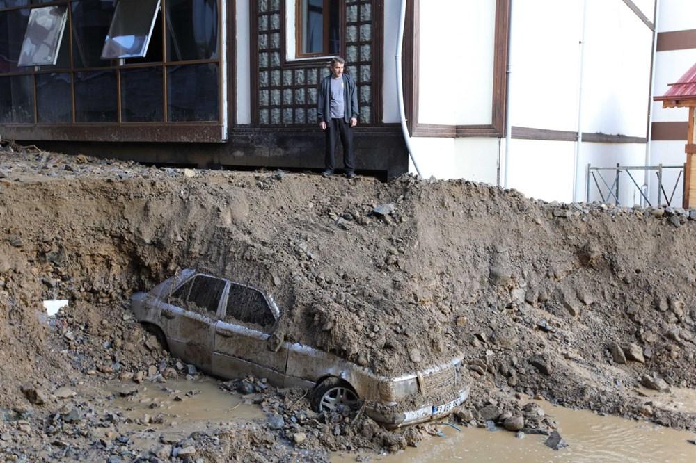 Rize'de sel ve heyelan afetinin hasarı gün ağarınca ortaya çıktı - 10