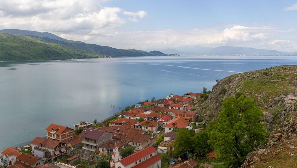 Avrupa'nın en eski gölünü kurtarma savaşı sürüyor