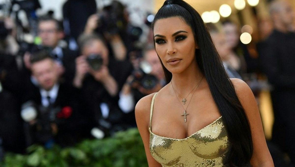 Kim Kardashian'ın Met Gala fotoğrafı kaçakçılığı ortaya çıkardı
