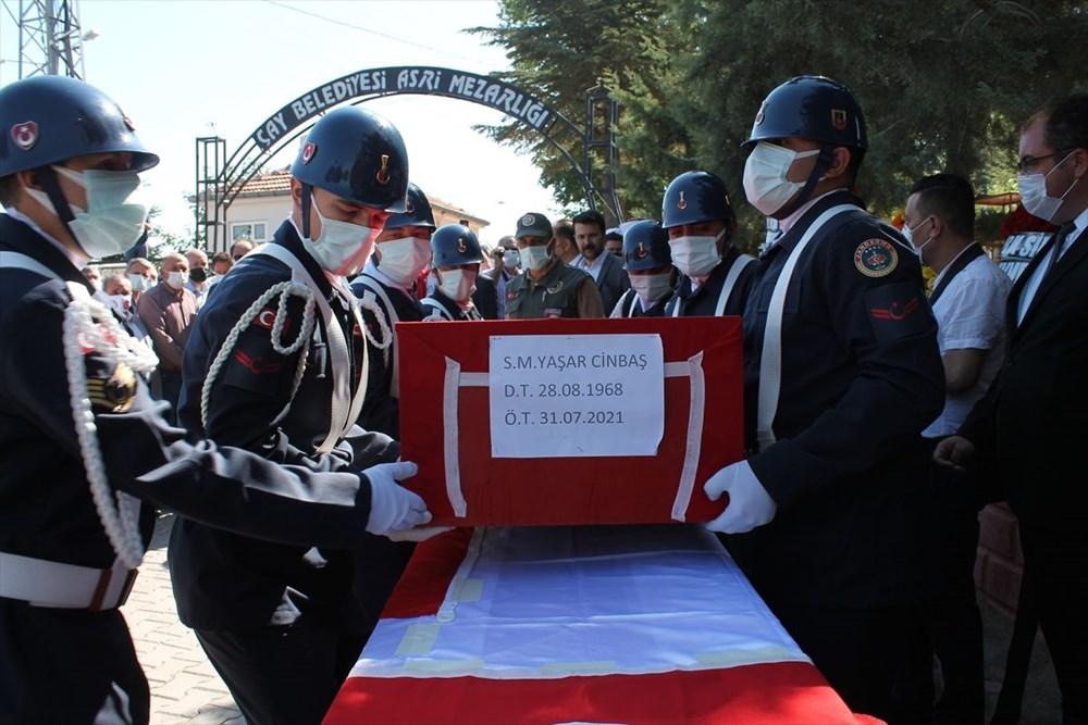 Manavgat'taki yangında ölen orman işçisi babasını cübbesiyle uğurladı - 7