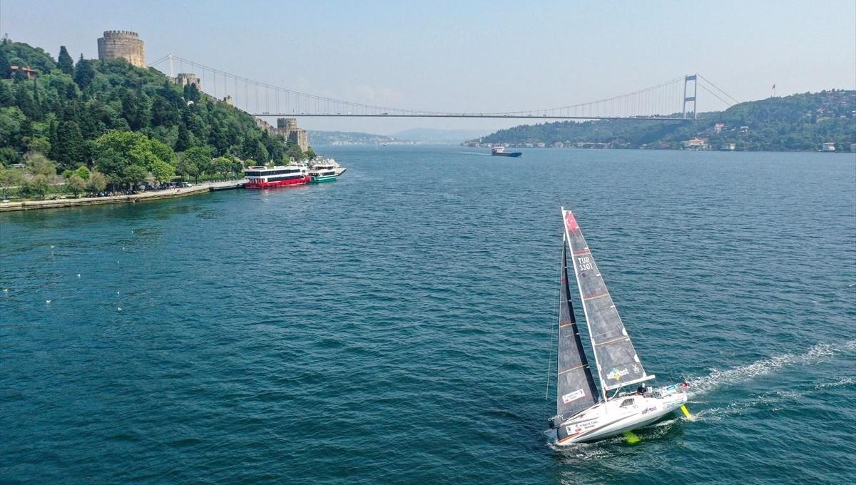 Yelkenci Tolga Pamir, rekor için Türkiye'nin 4 denizini boydan boya geziyor